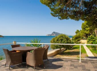 The most exclusive beach front Villa in Spain